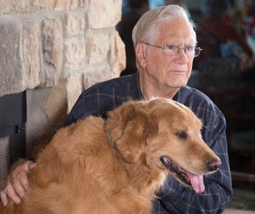 How Therapy Dogs Can Help Dementia Patients